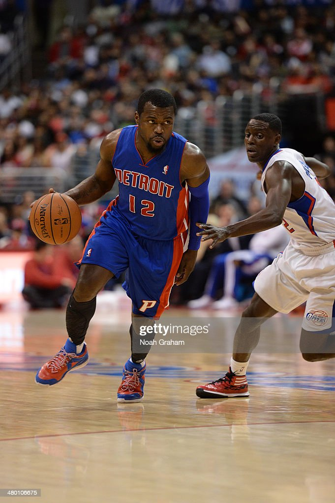Will Bynum #12 of the Detroit Pistons handles the basketball against the Los Angeles Clippers at STAPLES Center on March 22, 2014 in Los Angeles, California.