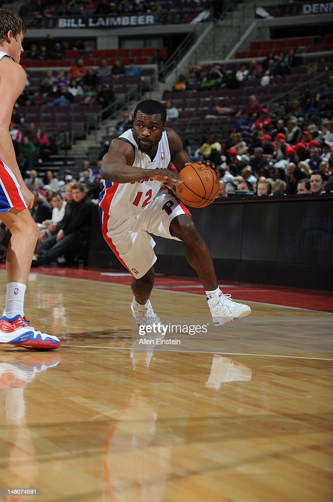 <a gi-track='captionPersonalityLinkClicked' href=/galleries/search?phrase=Will+Bynum&family=editorial&specificpeople=212891 ng-click='$event.stopPropagation()'>Will Bynum</a> #12 of the Detroit Pistons moves the ball against the Charlotte Bobcats during the game on March 31, 2012 at The Palace of Auburn Hills in Auburn Hills, Michigan.