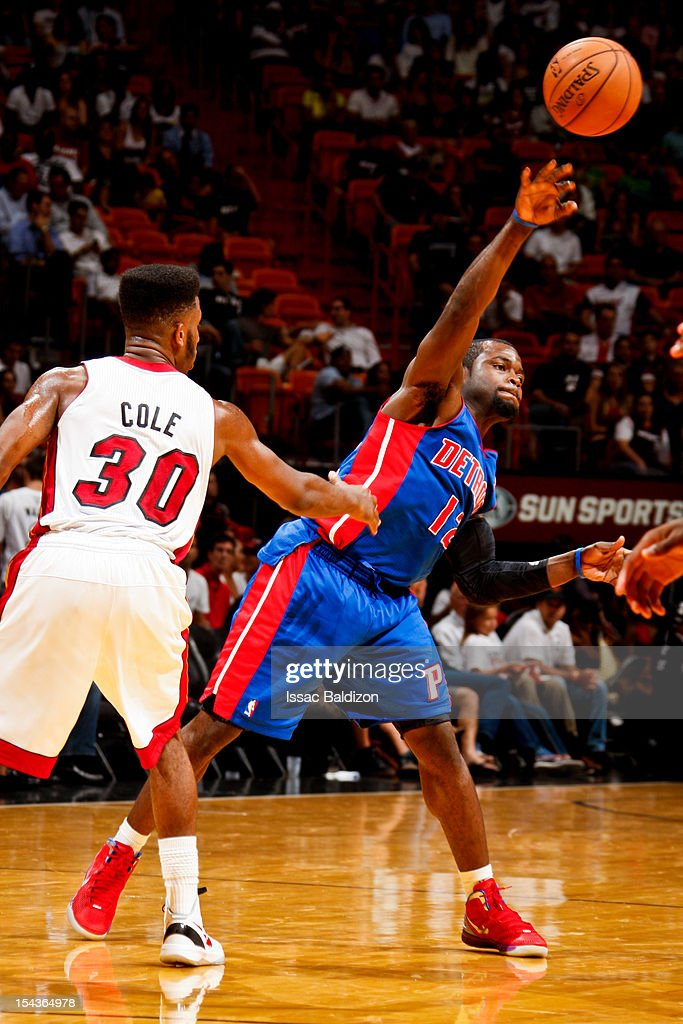 <a gi-track='captionPersonalityLinkClicked' href=/galleries/search?phrase=Will+Bynum&family=editorial&specificpeople=212891 ng-click='$event.stopPropagation()'>Will Bynum</a> #12 of the Detroit Pistons passes the ball against <a gi-track='captionPersonalityLinkClicked' href=/galleries/search?phrase=Norris+Cole&family=editorial&specificpeople=5770147 ng-click='$event.stopPropagation()'>Norris Cole</a> #30 of the Miami Heat during a pre-season game on October 18, 2012 at American Airlines Arena in Miami, Florida.