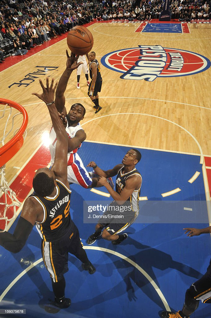 <a gi-track='captionPersonalityLinkClicked' href=/galleries/search?phrase=Will+Bynum&family=editorial&specificpeople=212891 ng-click='$event.stopPropagation()'>Will Bynum</a> #12 of the Detroit Pistons shoots against <a gi-track='captionPersonalityLinkClicked' href=/galleries/search?phrase=Al+Jefferson&family=editorial&specificpeople=201604 ng-click='$event.stopPropagation()'>Al Jefferson</a> #25 of the Utah Jazz on January 12, 2013 at The Palace of Auburn Hills in Auburn Hills, Michigan.