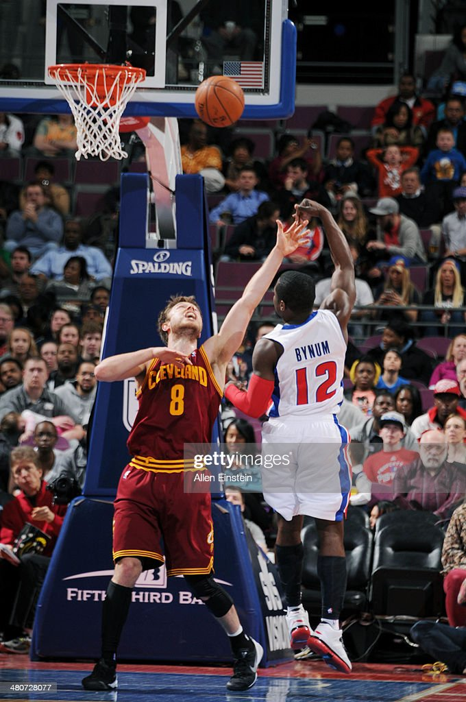 Will Bynum #12 of the Detroit Pistons shoots against Matthew Dellavedova #8 of the Cleveland Cavaliers on March 26, 2014 at The Palace of Auburn Hills in Auburn Hills, Michigan.