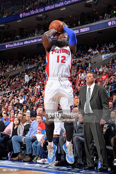 Will Bynum of the Detroit Pistons shoots against the Philadelphia 76ers at the Wells Fargo Center on March 29 2014 in Philadelphia Pennsylvania NOTE...