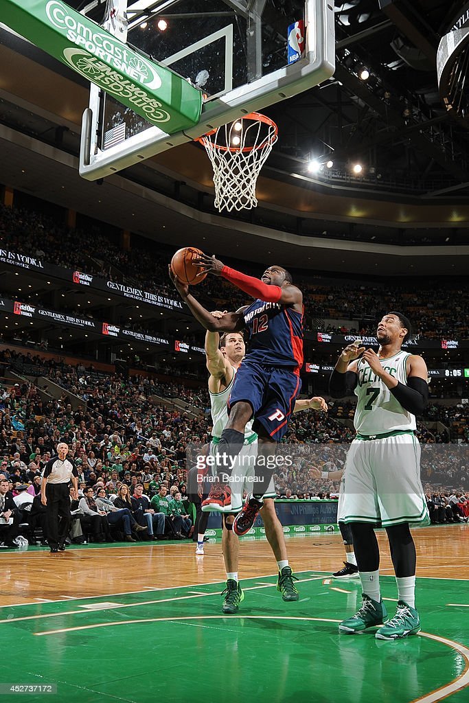 <a gi-track='captionPersonalityLinkClicked' href=/galleries/search?phrase=Will+Bynum&family=editorial&specificpeople=212891 ng-click='$event.stopPropagation()'>Will Bynum</a> #12 of the Detroit Pistons takes a shot against the Boston Celtics on March 9, 2014 at the TD Garden in Boston, Massachusetts.