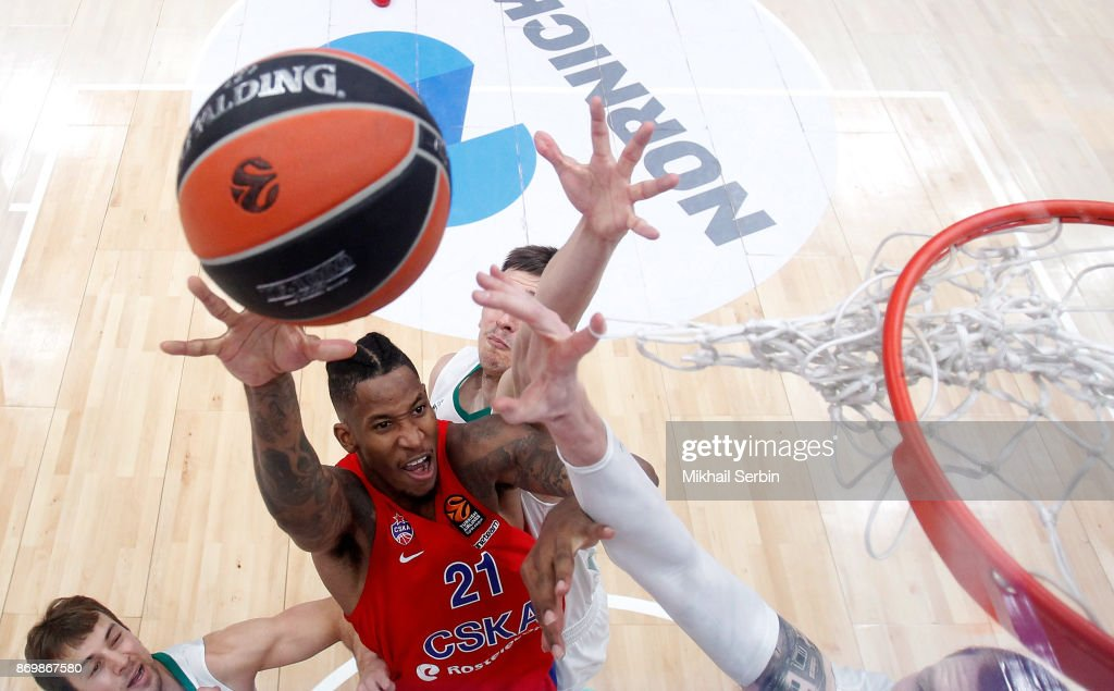 Will Clyburn, #21 of CSKA Moscow in action during the 2017/2018 Turkish Airlines EuroLeague Regular Season Round 5 game between CSKA Moscow and Zalgiris Kaunas at Megasport Arena on November 3, 2017 in Moscow, Russia.