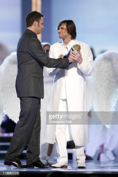 Will Ferrell presents the MTV Generation Award to Jim Carrey