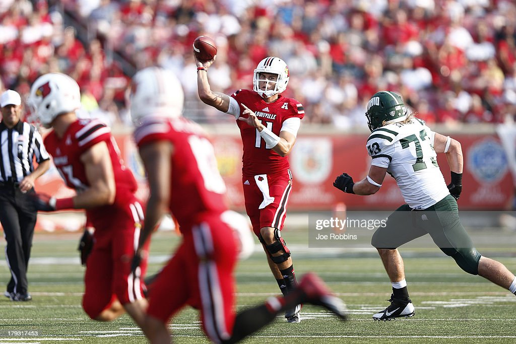 Will Gardner #11 of the Louisville Cardinals throws a 30-yard touchdown pass in the fourth quarter of the game against the Ohio Bobcats at Papa John's Cardinal Stadium on September 1, 2013 in Louisville, Kentucky.