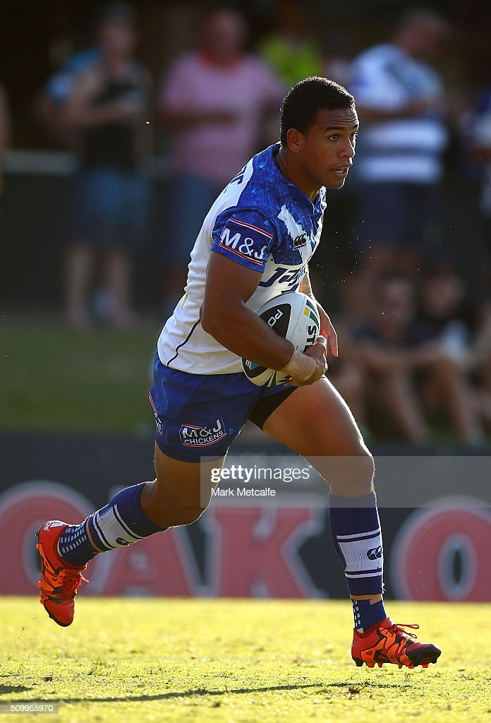 <a gi-track='captionPersonalityLinkClicked' href=/galleries/search?phrase=Will+Hopoate&family=editorial&specificpeople=6735149 ng-click='$event.stopPropagation()'>Will Hopoate</a> of the Bulldogs in action during the NRL Trial match between the Canterbury Bulldogs and the Penrith Panthers at Pepper Stadium on February 13, 2016 in Sydney, Australia.