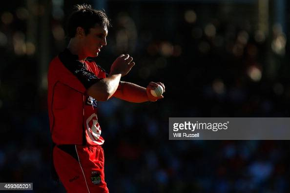 Will Sheridan of the Melbourne Renegades prpares to bowl during the Big Bash League match between the Perth Scorchers and the Melbourne Renegades at...
