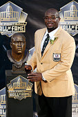 Will Shields poses with his bust during the NFL Hall of Fame induction ceremony at Tom Benson Hall of Fame Stadium on August 8 2015 in Canton Ohio
