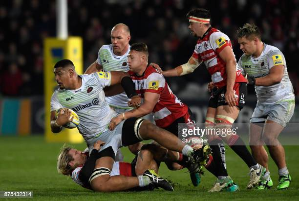 Will Skelton of Saracens on the charge during the Aviva Premiership match between Gloucester Rugby and Saracens at Kingsholm Stadium on November 17...