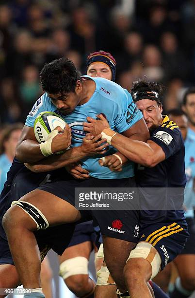 Will Skelton of the Waratahs on the charge during the round five Super Rugby match between the Highlanders and the Waratahs at Forsyth Barr Stadium...