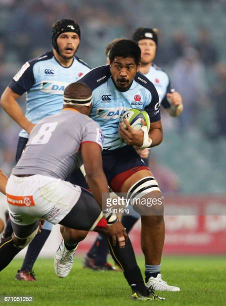 Will Skelton of the Waratahs takes on the defence during the round nine Super Rugby match between the Waratahs and the Kings at Allianz Stadium on...