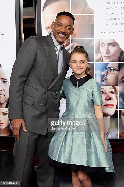 Will Smith and Kylie Rogers attends the 'Collateral Beauty' World Premiere at Frederick P Rose Hall Jazz at Lincoln Center on December 12 2016 in New...