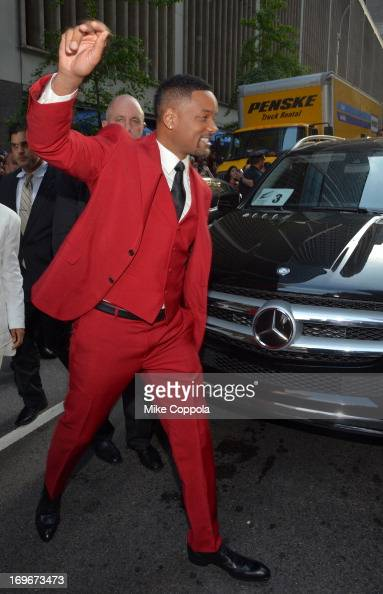 Will Smith arrives to the premiere of 'After Earth' in MercedesBenz vehicles at Ziegfeld Theatre on May 29 2013 in New York City