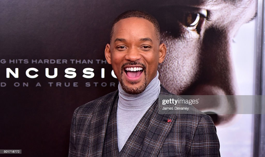 Will Smith attends the 'Concussion' premiere at AMC Loews Lincoln Square on December 16, 2015 in New York City.