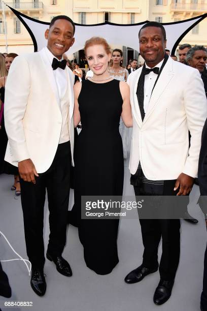 Will Smith Jessica Chastain and Chris Tucker attend the amfAR Gala Cannes 2017 at Hotel du CapEdenRoc on May 25 2017 in Cap d'Antibes France