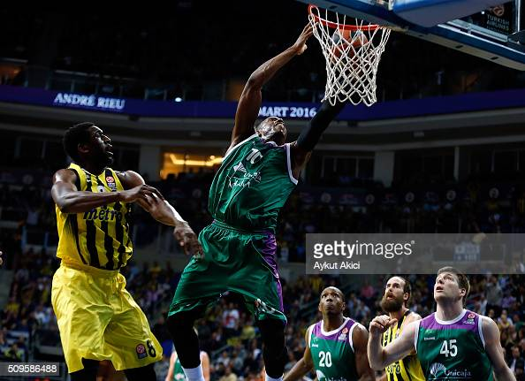 Will Thomas #10 of Unicaja Malaga in action during the Turkish Airlines Euroleague Basketball Top 16 Round 7 game between Fenerbahce Istanbul v...