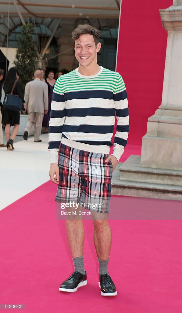 <a gi-track='captionPersonalityLinkClicked' href=/galleries/search?phrase=Will+Young+-+Singer&family=editorial&specificpeople=15302077 ng-click='$event.stopPropagation()'>Will Young</a> arrives at the Royal Academy of Arts Summer Exhibition Preview Party at Royal Academy of Arts on May 30, 2012 in London, England.
