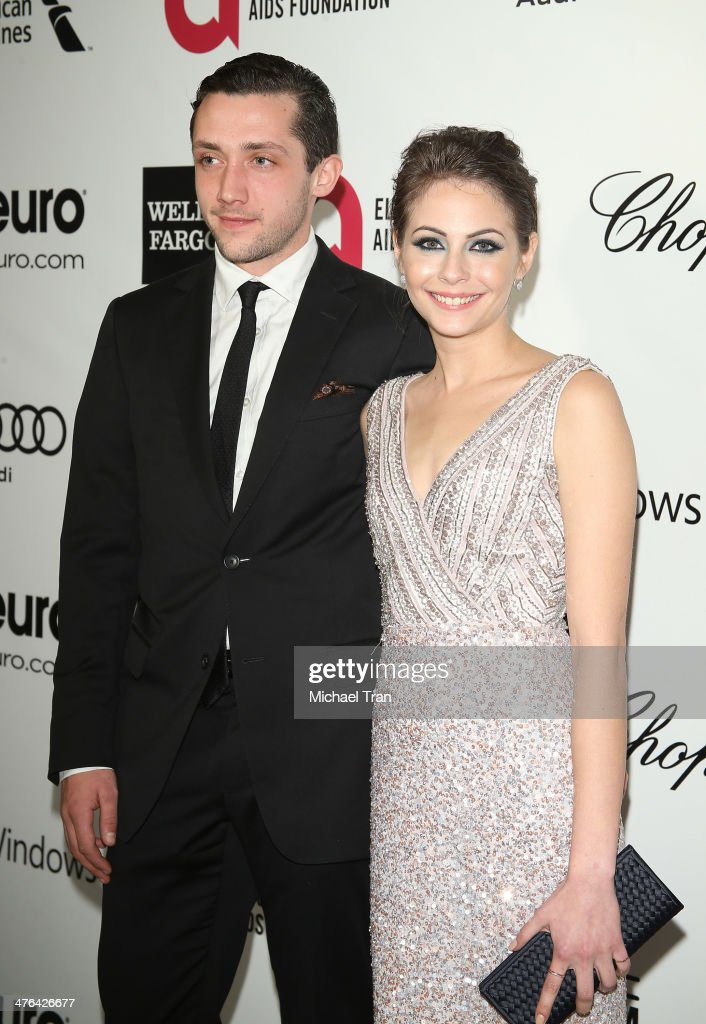 <a gi-track='captionPersonalityLinkClicked' href=/galleries/search?phrase=Willa+Holland&family=editorial&specificpeople=737113 ng-click='$event.stopPropagation()'>Willa Holland</a> (R) arrives at the 22nd Annual Elton John AIDS Foundation's Oscar viewing party held on March 2, 2014 in West Hollywood, California.