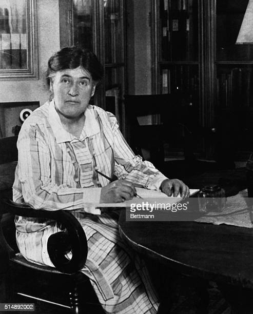 Willa Sibert Cather American novelist and Pulitzer Prize winner