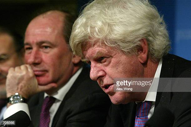Willem F Duisenberg President of the Eurogroup speaks as Rodrigo de Rato Economy Minister of Spain listens during a press conference on behalf of the...