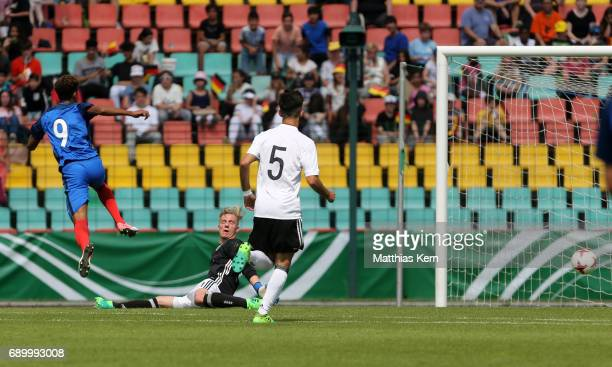 Willem Geubbels of France scores the first goal during the U16 international friendly match between Germany and France at Friedrich Ludwig Jahn...