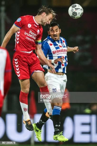 Willem Janssen of FC Utrecht Reza Ghoochannejhad of sc Heerenveen during the Dutch Eredivisie match between FC Utrecht and sc Heerenveen at the...