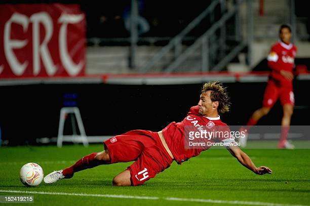 Willem Janssen of Twente scores his team's first goal during the UEFA Europa League Group L match between Twente Enschede and Hannover 96 at FC...
