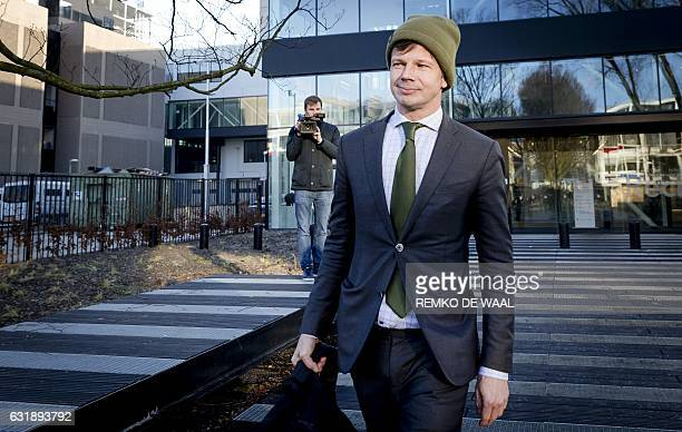 Willem Jebbink lawyer of Volkert van der Graaf the murderer of Dutch politician Pim Fortuyn leaves the court of Amsterdam on January 17 after a...