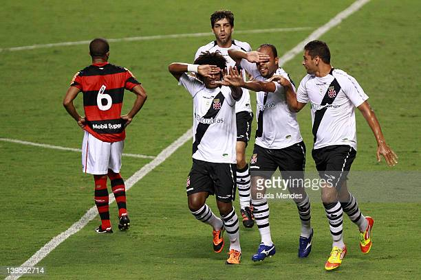 William Barbio Alecsandro and Diego Souza of Vasco celebrate a scored goal againist Flamengo during the semifinal match as part of Rio State...