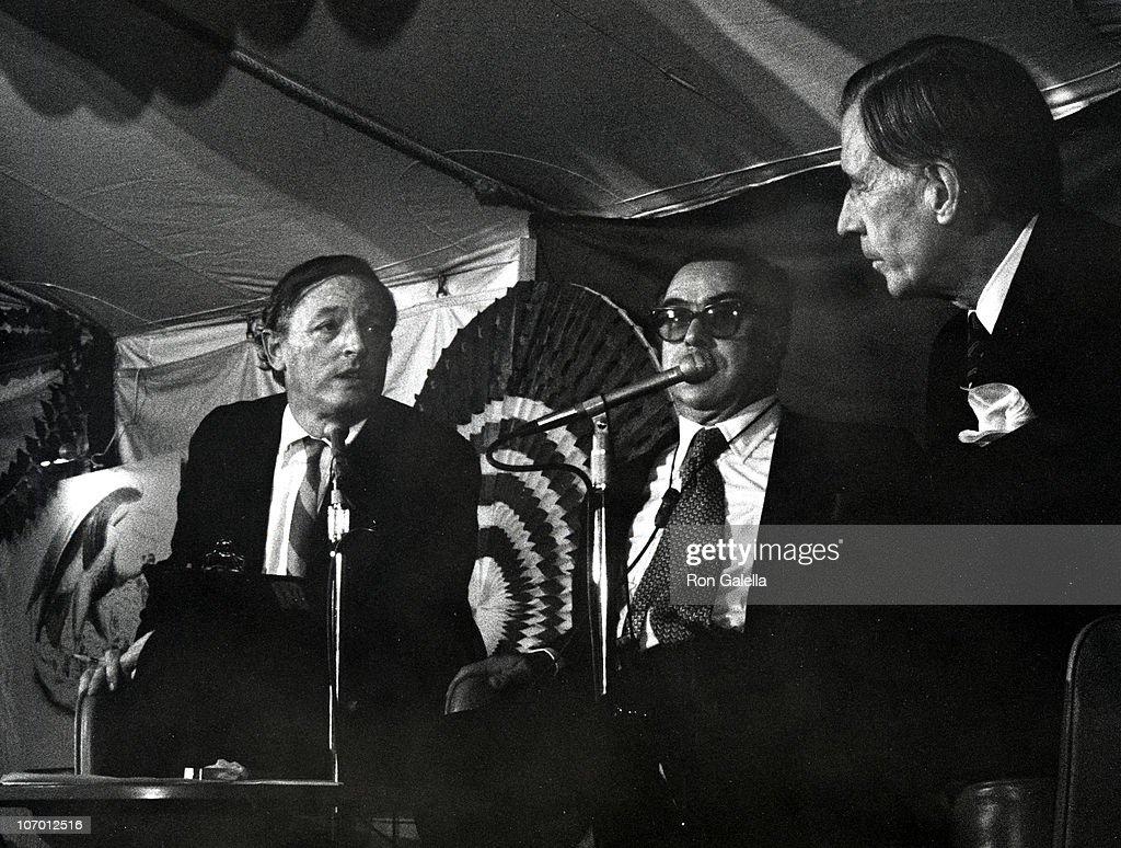 Debate Between William F. Buckley Jr. and John Kenneth Galbraith