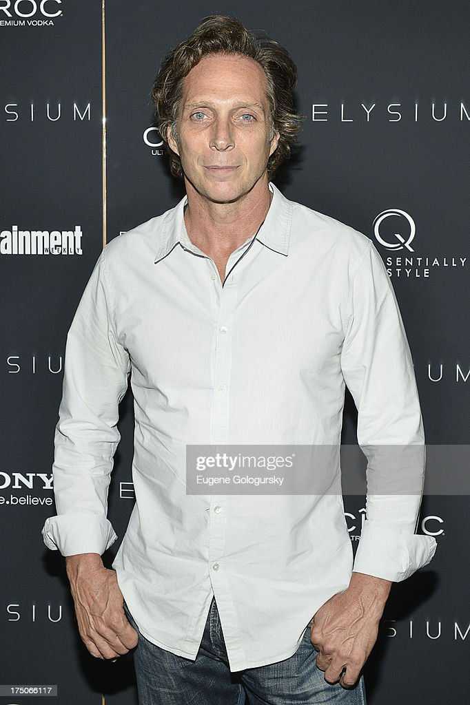 <a gi-track='captionPersonalityLinkClicked' href=/galleries/search?phrase=William+Fichtner&family=editorial&specificpeople=226598 ng-click='$event.stopPropagation()'>William Fichtner</a> attends 'Elysium' New York Screening at Landmark's Sunshine Cinema on July 30, 2013 in New York City.