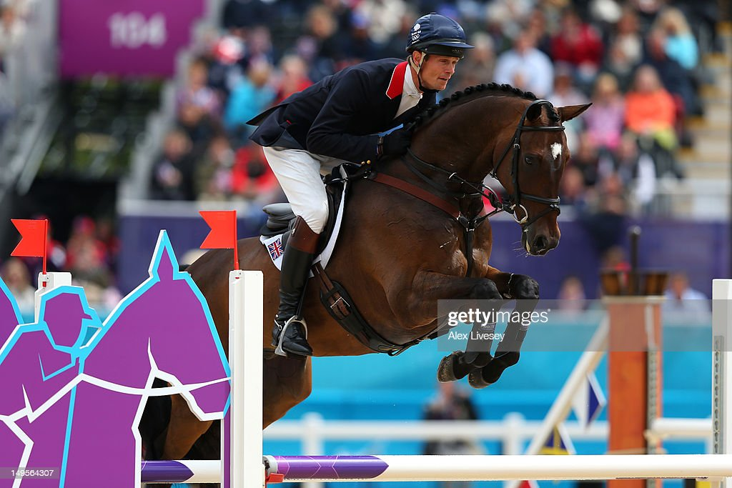 William Fox-Pitt of Great Britain riding Lionheart in action in the Show Jumping Eventing Qualifying Equestrian event on Day 4 of the London 2012 Olympic Games at Greenwich Park on July 31, 2012 in London, England.