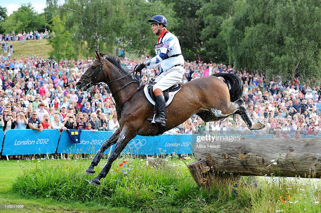 <a gi-track='captionPersonalityLinkClicked' href=/galleries/search?phrase=William+Fox-Pitt&family=editorial&specificpeople=647065 ng-click='$event.stopPropagation()'>William Fox-Pitt</a> of Great Britain riding Lionheart negotiates a jump in the Eventing Cross Country Equestrian event on Day 3 of the London 2012 Olympic Games at Greenwich Park on July 30, 2012 in London, England.