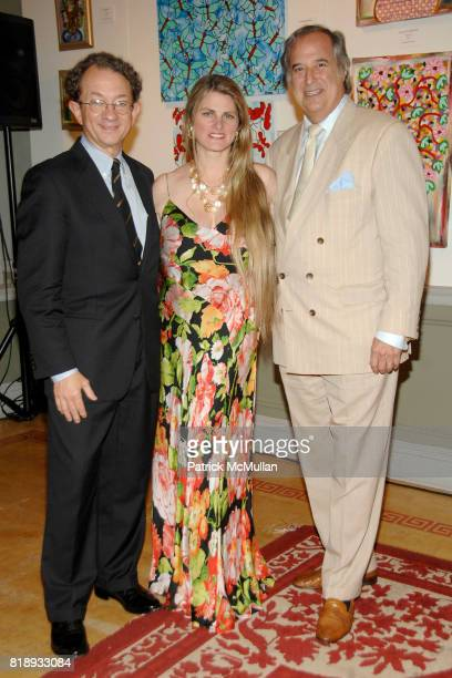 William Ivey Long Bonnie Comley and Stewart F Lane attend MICHELLEMARIE HEINEMANN and TERRI LINDVALL'S Lecture and Private Dinner to benefit the...