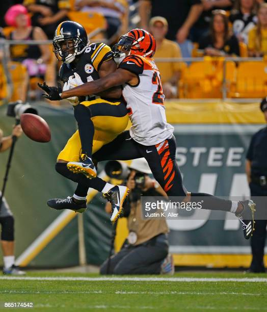 William Jackson of the Cincinnati Bengals breaks up a pass intended for Antonio Brown of the Pittsburgh Steelers in the second half during the game...