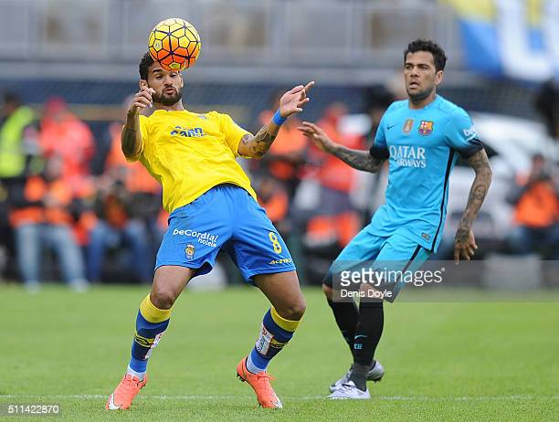 William Jose of UD Las Palmas controls the ball beside Daniel Alves of FC Barcelona during the La Liga match between UD Las Palmas and FC Barcelona...