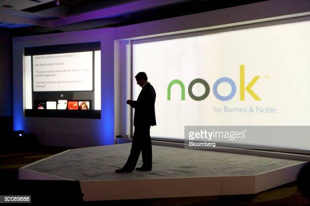 William Lynch president of Barnes Noblecom unveils the company's new electronicbook reader called the The Nook at a news conference in New York US on...