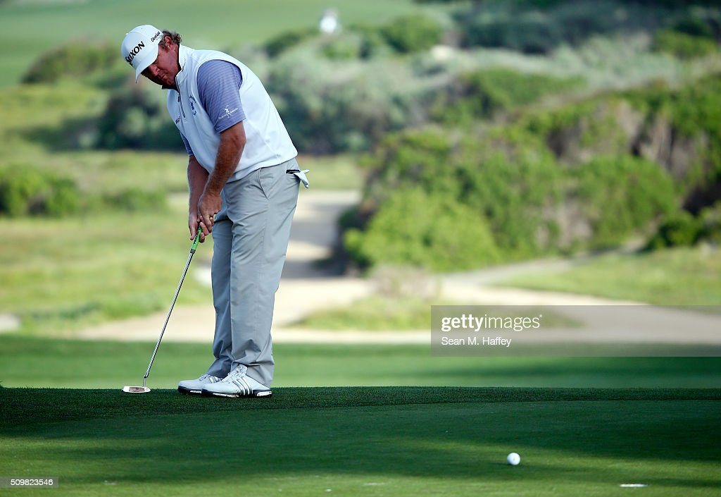 <a gi-track='captionPersonalityLinkClicked' href=/galleries/search?phrase=William+McGirt&family=editorial&specificpeople=6660773 ng-click='$event.stopPropagation()'>William McGirt</a> putts on the 10th green during the second round of the AT&T Pebble Beach National Pro-Am at the Monterey Peninsula Country Club (Shore Course) on February 12, 2016 in Pebble Beach, California.