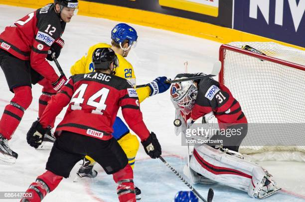 William Nylander tries to score against Goalie Calvin Pickard during the Ice Hockey World Championship Gold medal game between Canada and Sweden at...