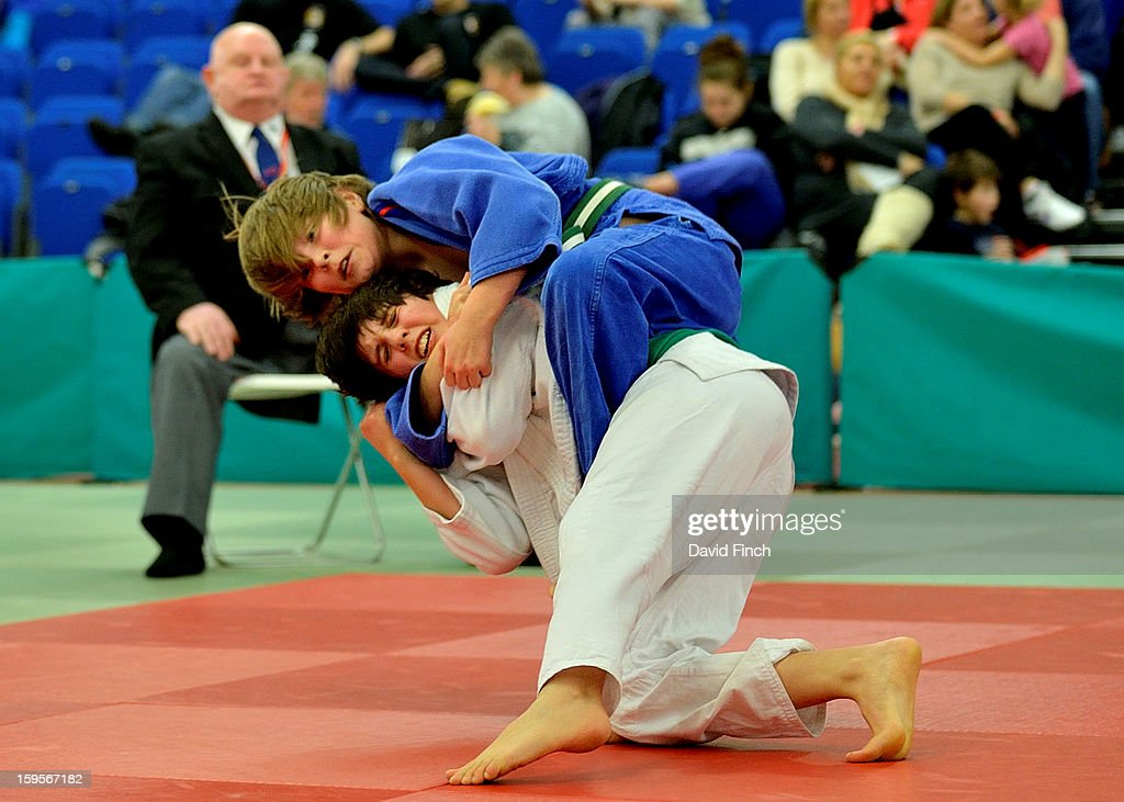 William Penfold of Ryecroft (white) threw Calum Henderson of Just-Judo for ippon in their Pre Cadet Boys Under 50kgs category during the British Cadet and Pre-Cadet Judo Championships on day 2, Sunday, January 13, 2013 at the English Institute of Sport, Sheffield, England, UK.