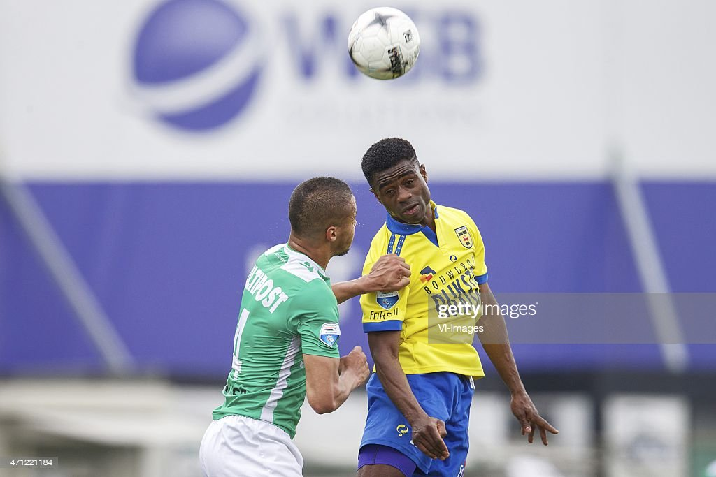 William TroostEkong of FC Dordrecht Bartholomew Ogbeche of SC Cambuur during the Dutch Eredivisie match between FC Dordrecht and SC Cambuur...