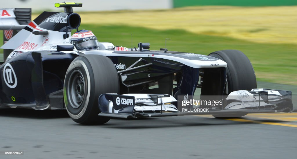 Williams driver Valtteri Bottas of Finland powers through a corner during the Formula One Australian Grand Prix in Melbourne on March 17, 2013. IMAGE RESTRICTED TO EDITORIAL USE - STRICTLY NO COMMERCIAL USE AFP PHOTO / Paul CROCK