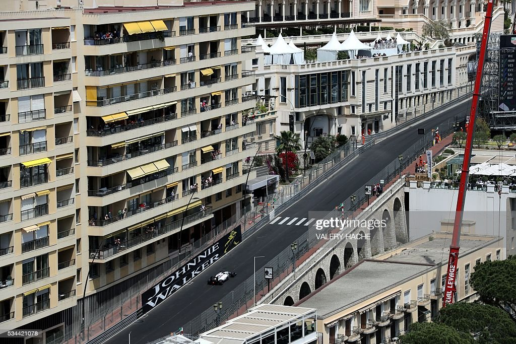 Williams Martini Racing's Finnish driver Valtteri Bottas drives during the first practice session at the Monaco street circuit, on May 26, 2016 in Monaco, three days ahead of the Monaco Formula 1 Grand Prix. / AFP / Valery HACHE