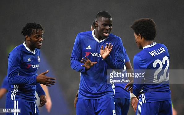 Willian of Chelsea celebrates scoring his sides third goal with Kurt Zouma of Chelsea and Michy Batshuayi of Chelsea during The Emirates FA Cup Third...