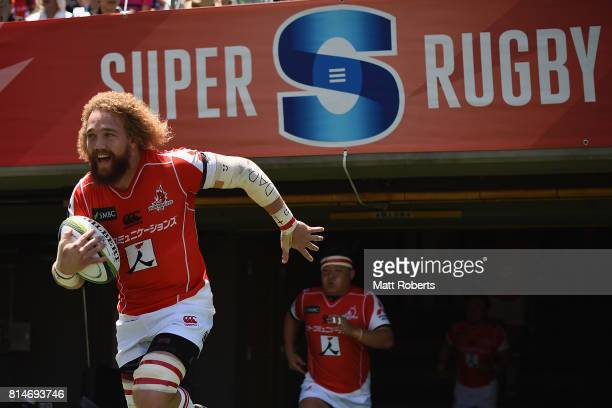 Willie Britz of the Sunwolves runs onto the field during the Super Rugby match between the Sunwolves and the Blues at Prince Chichibu Stadium on July...