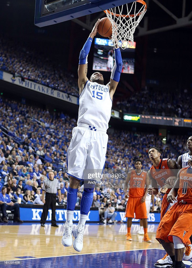 Willie Cauley-Stein #15 of the Kentucky Wildcats dunks the ball during the game against the Auburn Tigers at Rupp Arena on February 9, 2013 in Lexington, Kentucky.