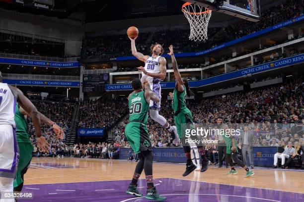 Willie CauleyStein of the Sacramento Kings dunks against the Boston Celtics on February 8 2017 at Golden 1 Center in Sacramento California NOTE TO...