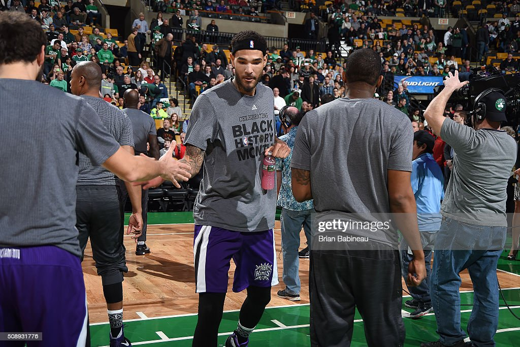 <a gi-track='captionPersonalityLinkClicked' href=/galleries/search?phrase=Willie+Cauley-Stein&family=editorial&specificpeople=9854040 ng-click='$event.stopPropagation()'>Willie Cauley-Stein</a> #00 of the Sacramento Kings gets introduced before the game against the Boston Celtics on February 7, 2016 at the TD Garden in Boston, Massachusetts.