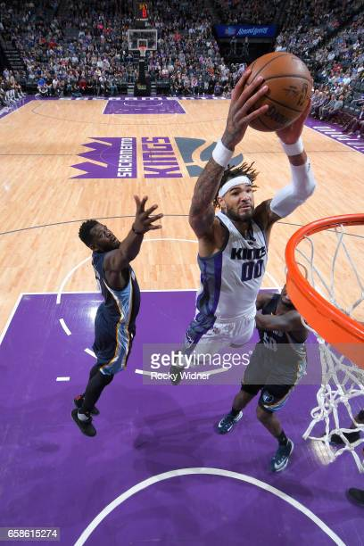 Willie CauleyStein of the Sacramento Kings goes up for a dunk during a game against the Memphis Grizzlies on March 27 2017 at Golden 1 Center in...